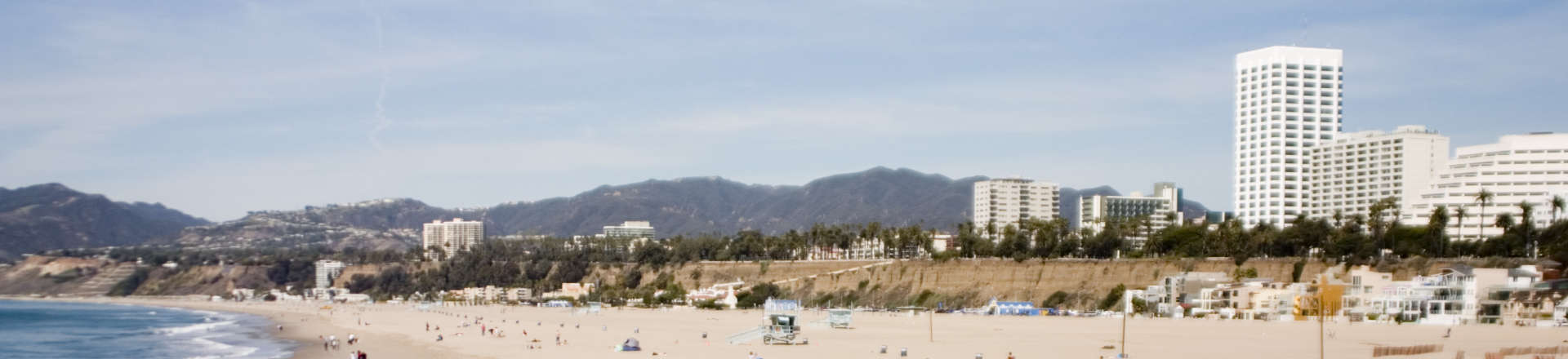 view of the coast of Santa Monica, CA
